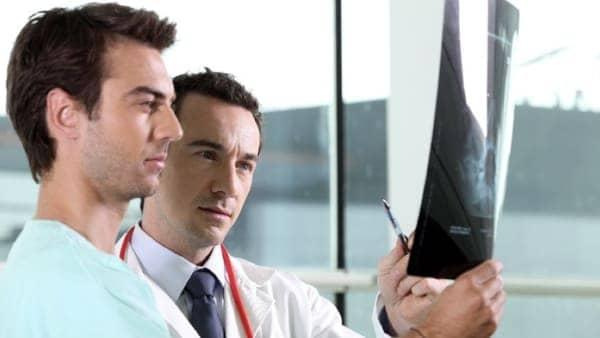 medecin specialiste du dos chirurgie du rachis espace francilien du rachis clinique du rachis versailles paris 1