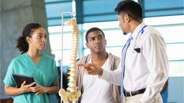 medecin specialiste du dos chirurgie du rachis espace francilien du rachis clinique du rachis versailles paris parcours patients